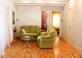 Odessa apartments for rent: in 24 Preobrazhenskaya / City Garden